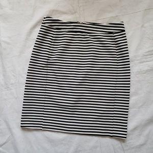 41 Hawthorn Stitch Fix Black White Stripes Skirt